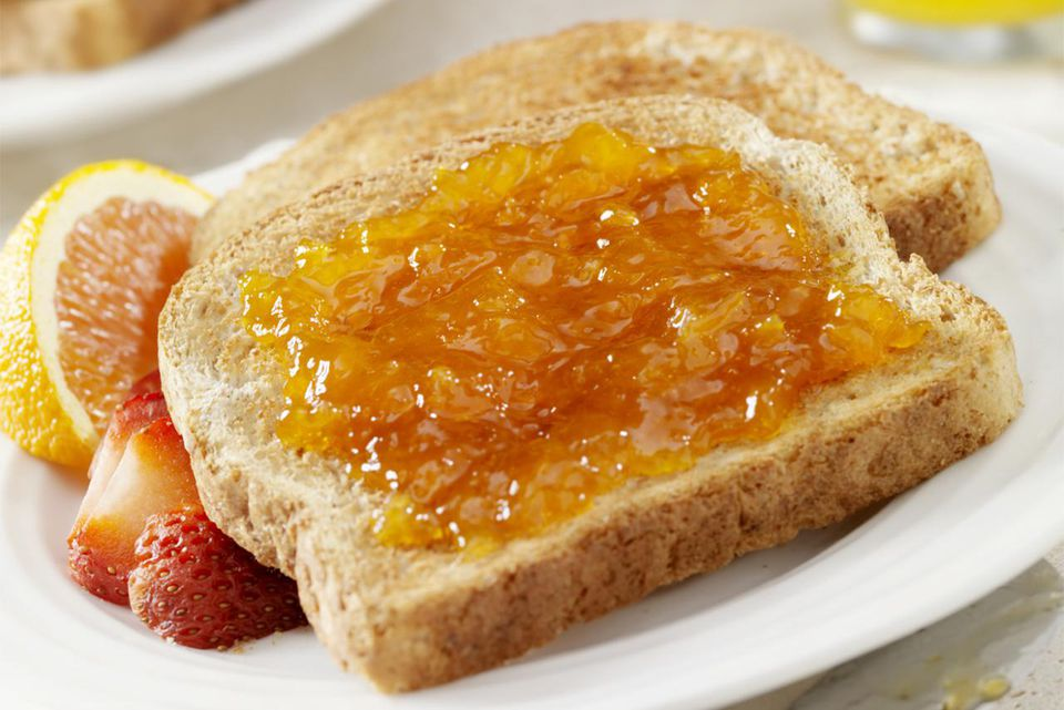 Slow Cooker Apricot Preserves
