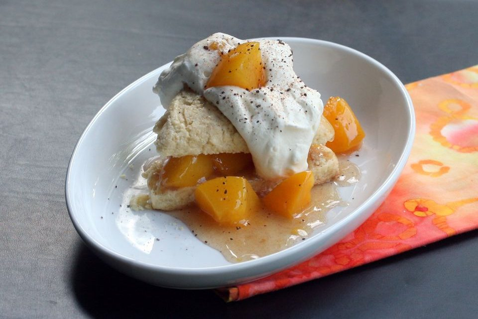 Easy Fresh Peach Sauce Recipe