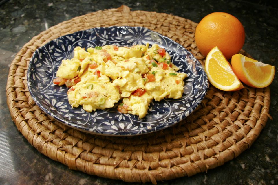 Scrambled Eggs With Tomatoes and Peppers Recipe